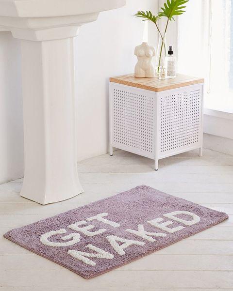 Floor, Tile, Bathroom, Room, Flooring, Furniture, Beige, Interior design, Carpet, Table,