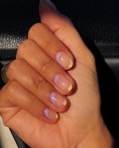 Finger, Nail, Hand, Nail care, Manicure, Nail polish, Skin, Cosmetics, Close-up, Joint,