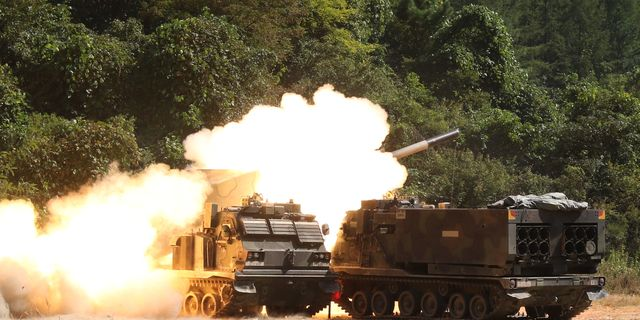 The U.S. Army Is Using Satellites for Artillery Shell Targeting