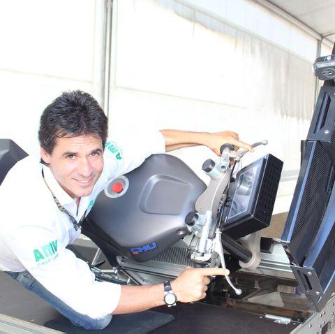 Álex Crivillé y el entrenamiento de un piloto de motos