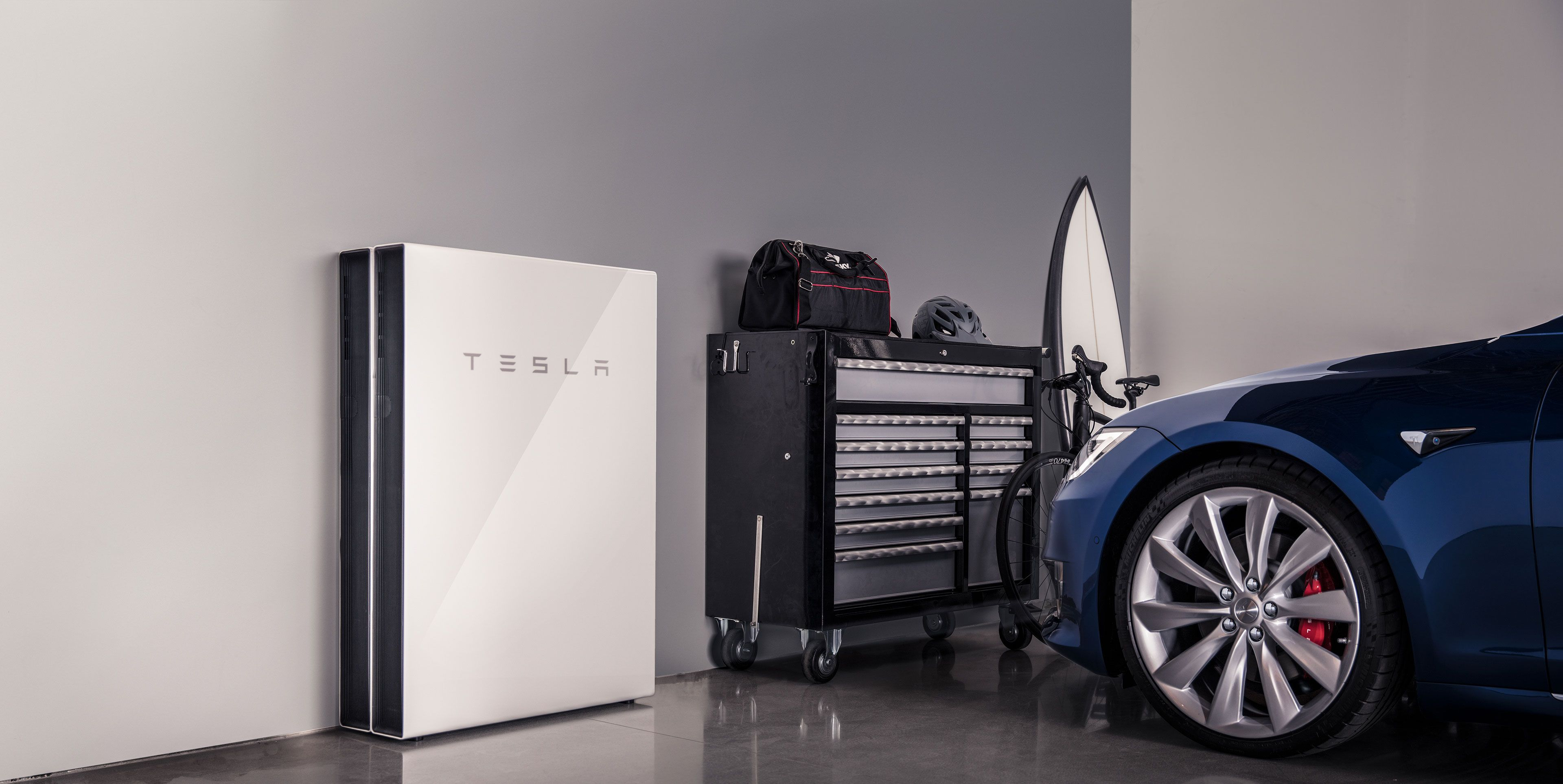 Tesla Updates Powerwall to Better Manage Vehicle Charging During Blackouts
