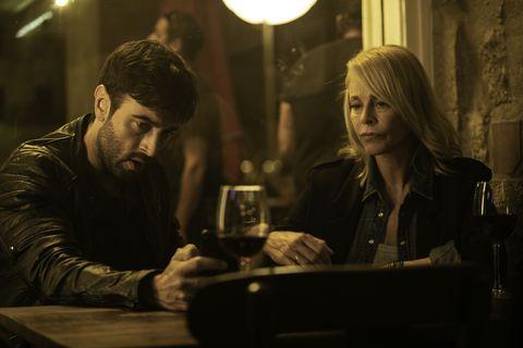 Javier Rey y Belén Rueda en 'El silencio de la ciudad blanca'