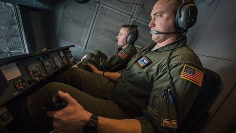 Military person, Flight engineer, Airman, Job, Aerospace engineering, Military officer, Military uniform, Helicopter pilot, Pilot, Uniform,