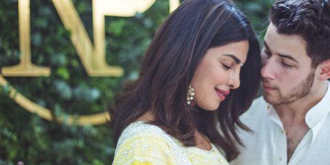 Ayer, Nick Jonas y Priyanka Chopra celebraron una segunda fiesta de compromiso más informal con sus amigos y familiares.