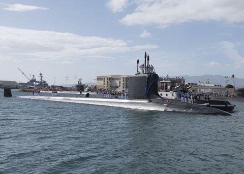 Vehicle, Boat, Watercraft, Naval ship, Ship, Destroyer, Warship, Navy, Destroyer escort, Cruiser,