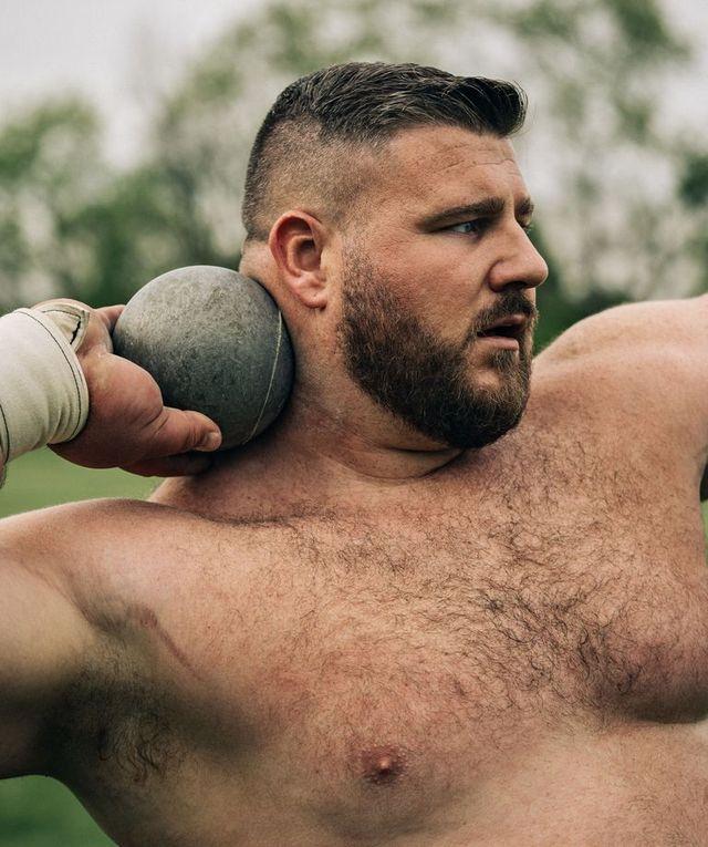 joe kovacs, entrenamiento de lanzador de peso en los juegos olímpicos