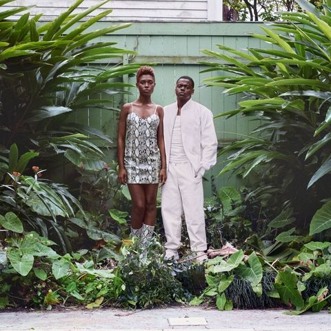 Photograph, People, Green, Vegetation, Botany, Botanical garden, Fashion, Adaptation, Leaf, Garden,