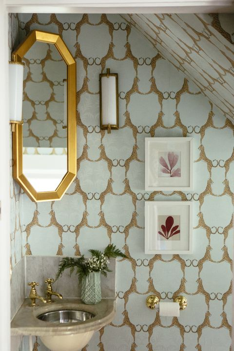 Wall, Room, Interior design, Tile, Wallpaper, Window, Furniture, Ceiling, Shelf, Pattern,