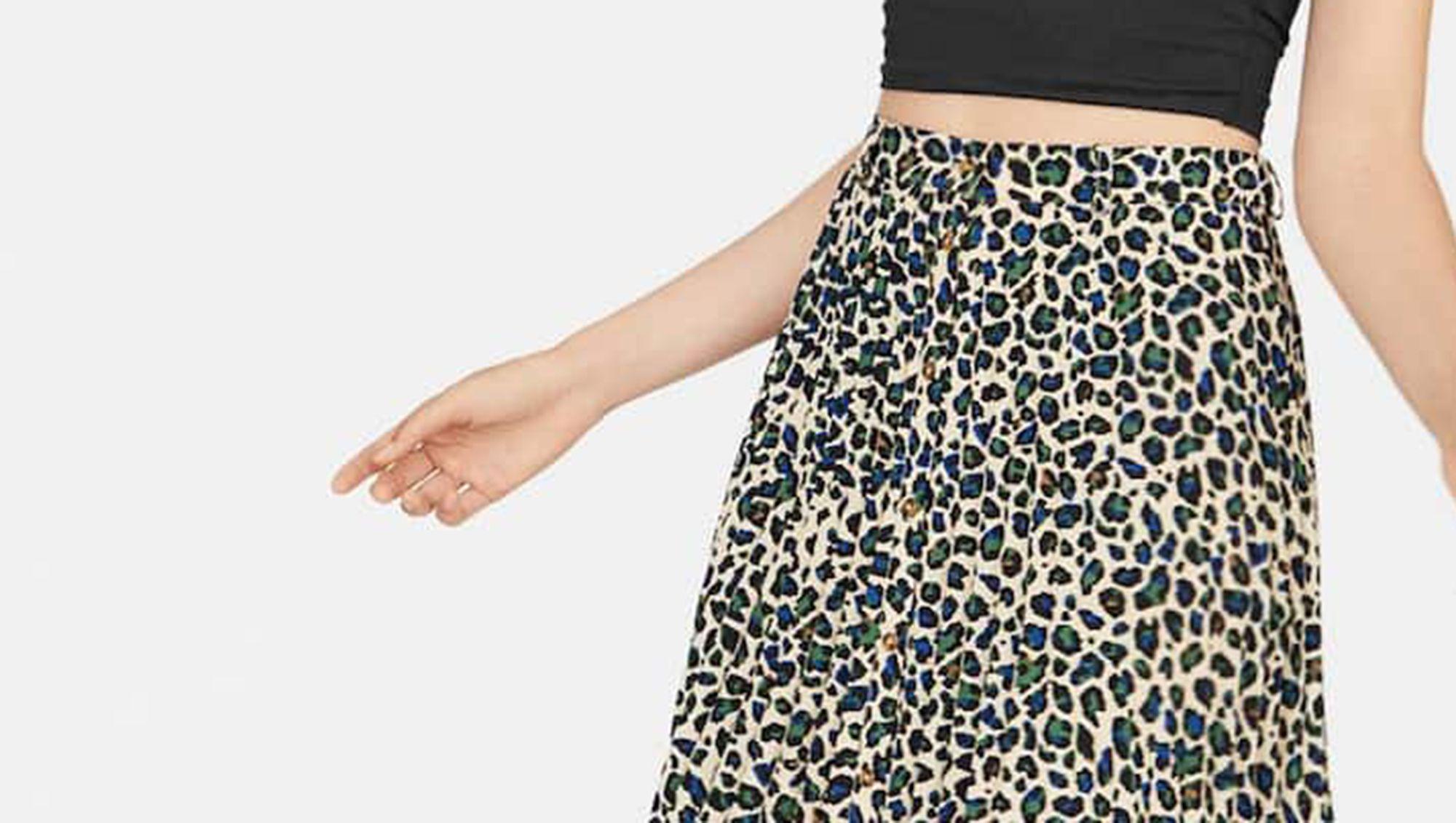 calidad autentica belleza buena venta Esta falda midi de Stradivarius de 20 € con estampado animal ...