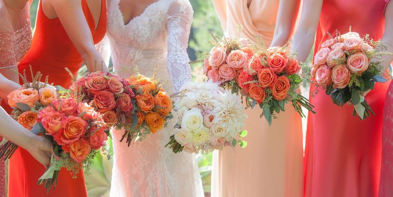 15 amazing fall wedding bouquets best bridal flowers for fall weddings. Black Bedroom Furniture Sets. Home Design Ideas
