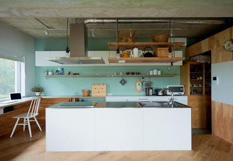 Wood, Green, Room, Floor, Interior design, Flooring, Ceiling, Wall, Plumbing fixture, Real estate,