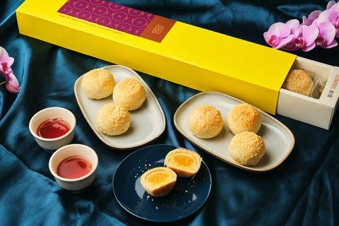 中秋節吃月餅不怕胖!五星級空廚推出「減糖20」月餅禮盒,金沙奶黃酥、蘭姆蛋黃酥等送禮自用兩相宜