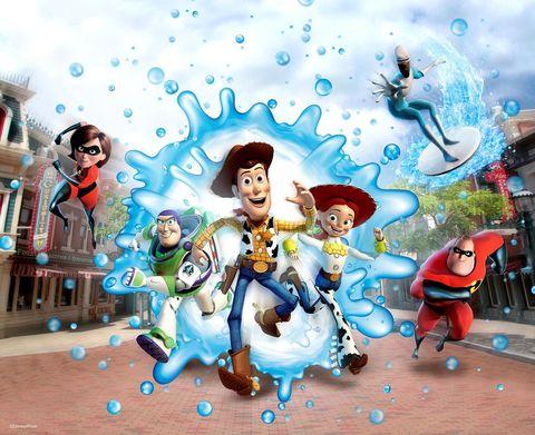 迪士尼,迪士尼樂園,超人特攻隊,海洋奇緣,表演,遊行,香港,夏天,2018,消暑,冰品,duffy, 遊樂園,暑假,玩具總動員,米奇,米妮,獅子王,史迪奇,水果,打卡,出國,旅行,ELLE走透透