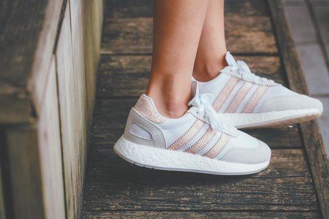 adidas Originals,球鞋,運動鞋,女鞋,台灣,價格,推薦,粉紅色球鞋, I-5923 W,價格,愛迪達,三葉草, FRUITION