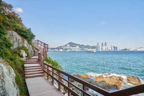 Sea, Water, Coast, Sky, Shore, Tourism, Coastal and oceanic landforms, Bay, Boardwalk, Ocean,