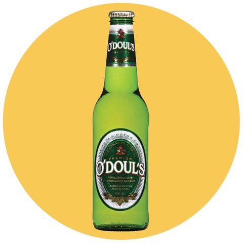 Non-Alcoholic Beer Is Blowing Up in the U S  - Why Drink NA Beer