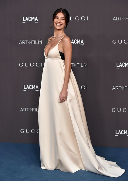 Dress, Gown, Fashion model, Clothing, Bridal party dress, Shoulder, Strapless dress, Haute couture, Hairstyle, Fashion,
