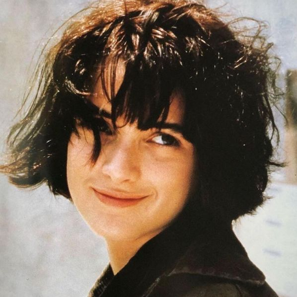 1990s, 90s, 90年代, angelina jolie, julia roberts, uma thurman, winona ryder, 剪刀手愛德華, 安潔莉納裘莉, 茱莉亞羅勃茲, 薇諾娜瑞德, 鄔瑪舒曼, 黑色追緝令