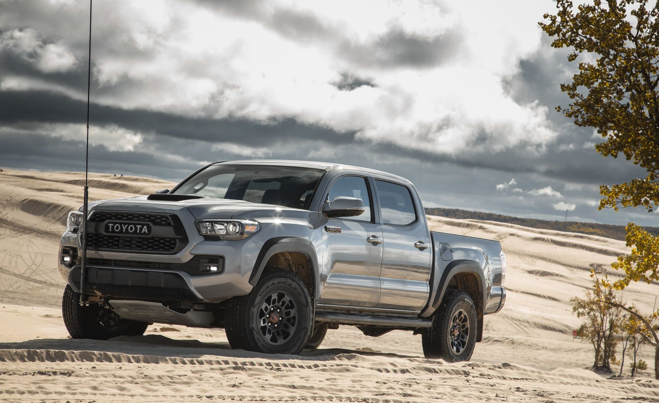 7 Best New Mid-Size Pickup Trucks of 2019 - All Mid-Size ...