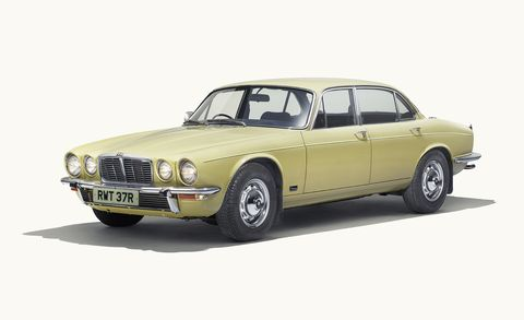 Land vehicle, Vehicle, Car, Luxury vehicle, Regularity rally, Classic car, Coupé, Sedan, Daimler sovereign, Personal luxury car,