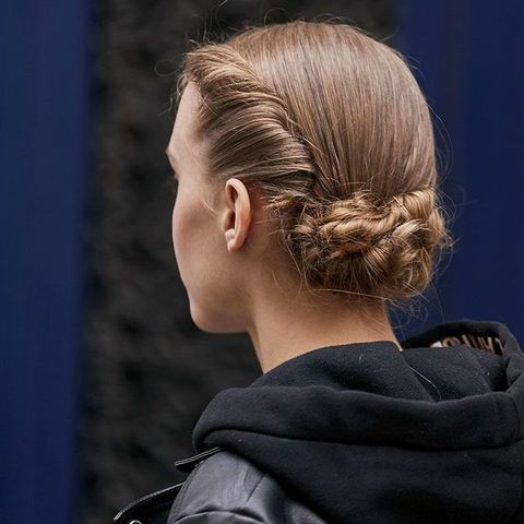 Hair, Hairstyle, Chignon, Blond, Neck, Chin, Ear, Bun, Long hair, Ponytail,