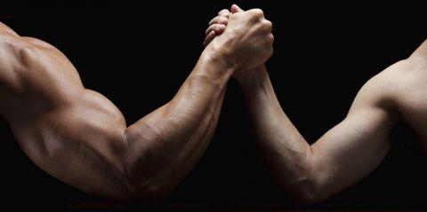 4 manieren om snel grotere armen te krijgen