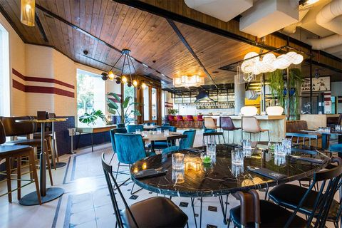 Restaurant, Building, Room, Interior design, Table, Real estate, Furniture, Brunch, Architecture, House,