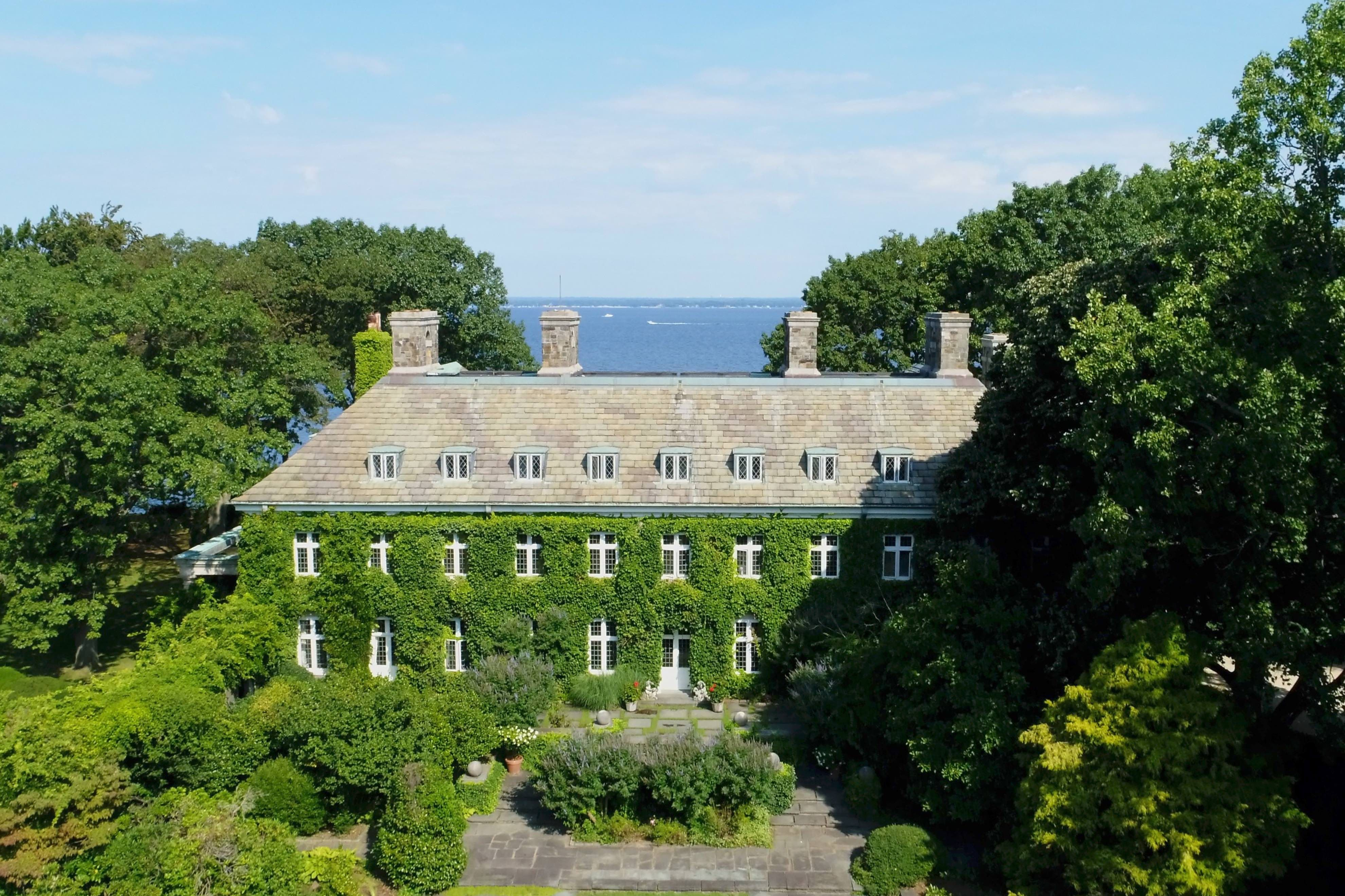 Great Gatsby Long Island House