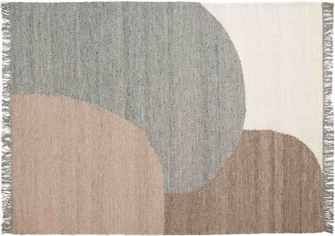 flat weave rug with abstract shapes pattern and fringed ends, elk rug, linie design