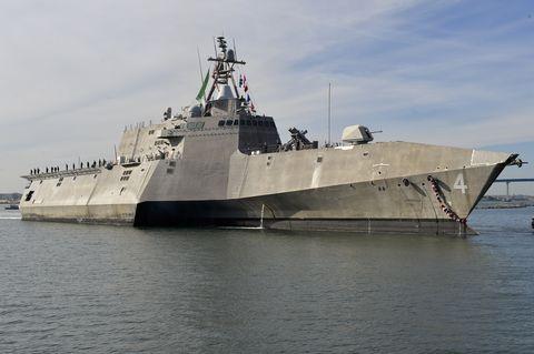 Vehicle, Naval ship, Warship, Ship, Navy, Boat, Dock landing ship, Destroyer, Littoral-combat ship, Watercraft,