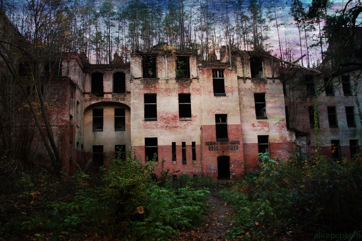 These Incredible Photos Show the Beauty of Abandoned Places