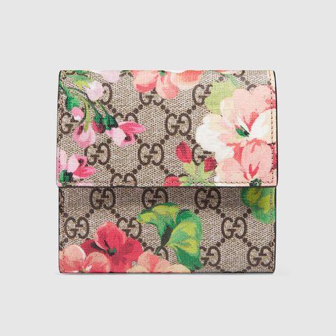 Pink, Wallet, Leaf, Pattern, Fashion accessory, Textile, Plant, Floral design, Coin purse, Flower,