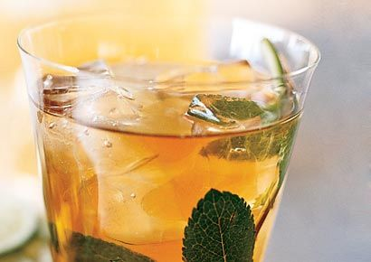 Mint and Tea Coolers with Lime