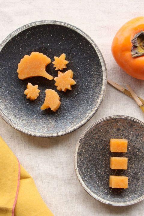 柿と甘酒の寒天寄せ のレシピ・作り方|ELLE gourmet [エル・グルメ]