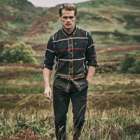 outlander star sam heughan 39 s fall photoshoot for barbour. Black Bedroom Furniture Sets. Home Design Ideas
