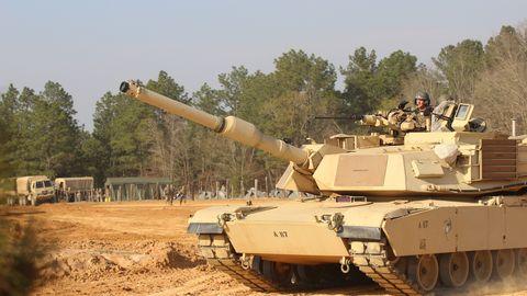 Combat vehicle, Tank, Self-propelled artillery, Vehicle, Military vehicle, Military, Mode of transport, Gun turret, Army,