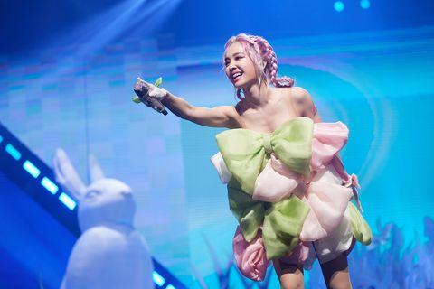 蔡依林「ugly beauty演唱會」台北加演版週末歌單!jolin合體「茄子蛋」演唱經典寵愛骨灰粉