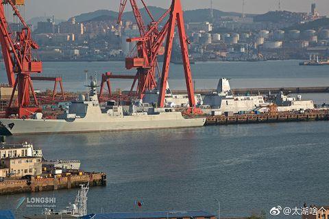 Vehicle, Crane, Port, Transport, Watercraft, Crane vessel (floating), Ship, Freight transport, Boat, Harbor,
