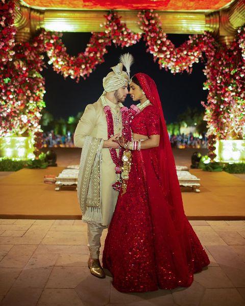 Decoration, Marriage, Red, Tradition, Ceremony, Sari, Event, Temple, Bride, Wedding reception,