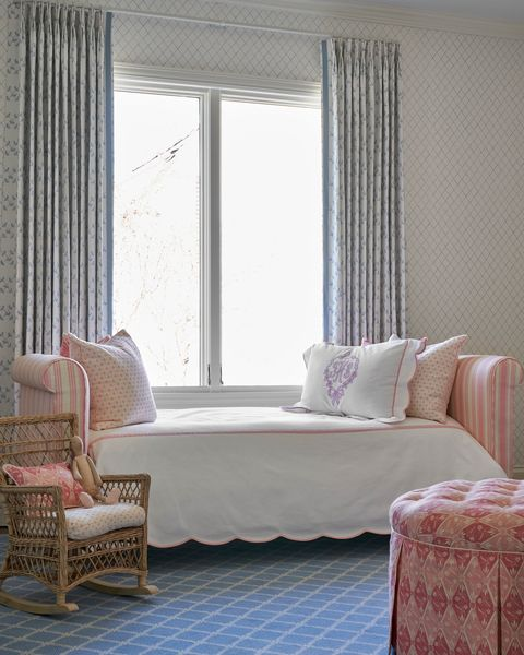 nursery, day bed, pink ottoman
