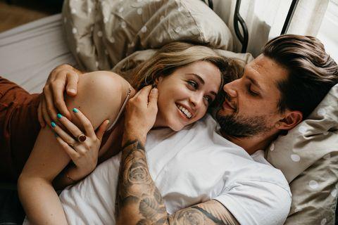 Comfort, Romance, Love, Fun, Smile, Happy, Photography, Hand, Gesture, Birth,
