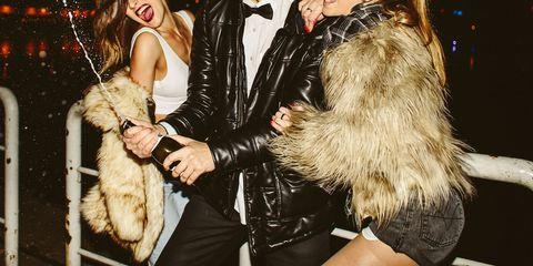 Fur, Fur clothing, Fashion, Textile, Outerwear, Blond, Photography, Feather, Fashion design,