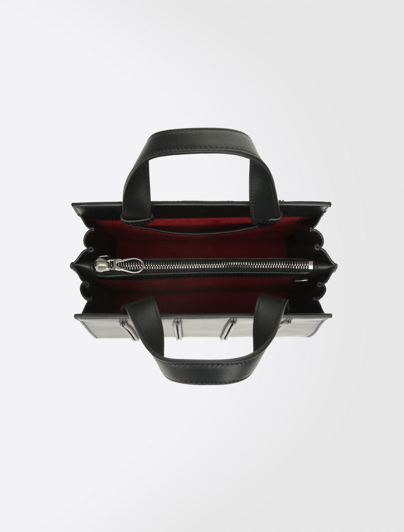 The Whitney Bag  borsa di culto tra moda e architettura 55f3bd2c36e