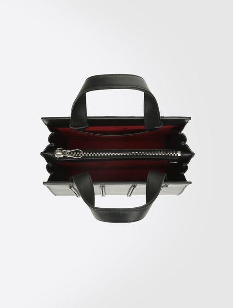 The Whitney Bag  borsa di culto tra moda e architettura 0269e099d6e