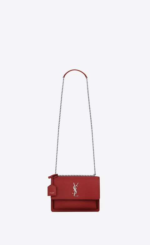 Red, Bag, Handbag, Pink, Fashion accessory, Chain, Leather, Material property, Satchel, Wallet,