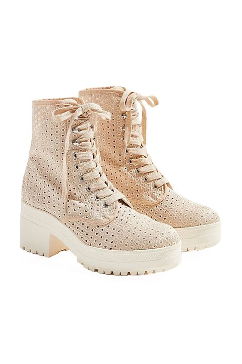 5536dd8d320 30 Best Fall Boots for Women 2018 - Cute Autumn Boots for Every Budget