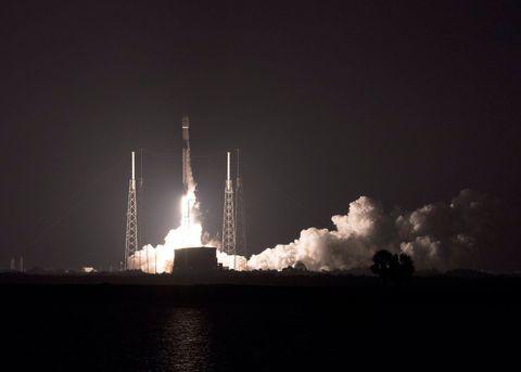 Falcon 9 Telstar 19V Launches