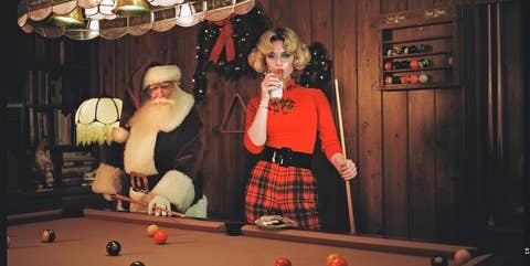 Felicitaciones de Navidad extrañas de los famosos.