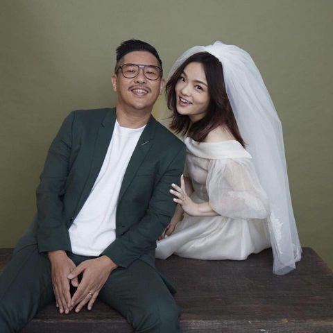 Photograph, Facial expression, Formal wear, Skin, Smile, Dress, Veil, Suit, Event, Wedding dress,