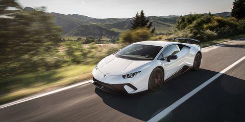 Lamborghini Huracan Performante White